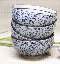 tigelas de porcelana