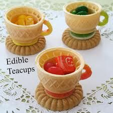 Make edible teacups for an Alice in Wonderland party or Mad Hatter tea party. Alice In Wonderland Crafts, Wonderland Party, Alice In Wonderland Birthday, Winter Wonderland, Girls Tea Party, Tea Party Birthday, Birthday Ideas, Girl Birthday, Fairy Tea Parties