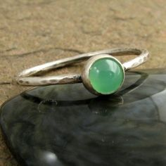 Stack ring in mint green chrysoprase cabochon hammered oxidized sterling silver