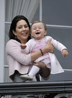 Prinsesse Isabellas første 3 år | www.bt.dk