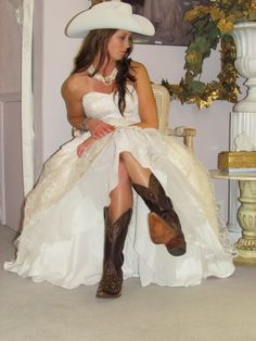 Country Wedding Dress, love the white cowgirl hat with it.