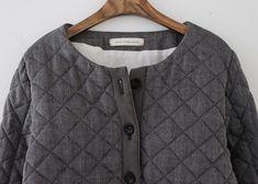라르니에 정원 LARNIE Vintage&Zakka Clothing Boxes, Men Sweater, Sweaters, How To Wear, Clothes, Fashion, Outfits, Moda, Clothing