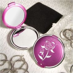 Chic Compact Mirror Favors *** See this great product. (Note:Amazon affiliate link)