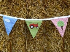 For little farmers everywhere, great bedroom, playroom or party decoration. Farmyard Bunting - The Picnic Patch
