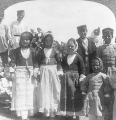 from collection stereocards in Library of congress Greece Photography, History Of Photography, Greek Traditional Dress, Old Greek, Greek History, Family History, Still Picture, Photographs Of People, Library Of Congress