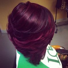 ♥ the color!! I'd love to incorporate those into my current natural color.