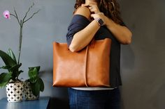 Leather tote bag ,handmade leather bag ,tote bag ,large leather bag,brown leather bag,borsa di cuoio, by AlmaMilano on Etsy https://www.etsy.com/listing/239207724/leather-tote-bag-handmade-leather-bag