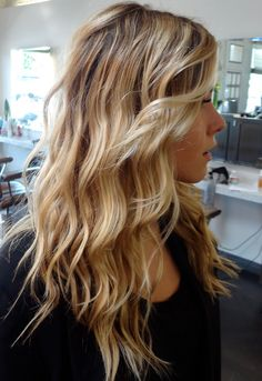Blonde & Caramel Hair ~ beach waves
