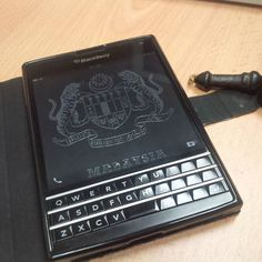 BlackBerry Passport BlackBerry® smartphones are still captivated in the heart, even more now is balanced with Android system Performance, the more I like. Versions Share ©by: █║ Rhèñdý Hösttâ ║█ (menggunakan Blackberry Passport, Blackberry Z10, Tools And Toys, Tech Toys, Smartphone, Gadgets, Android, Phones, Bb
