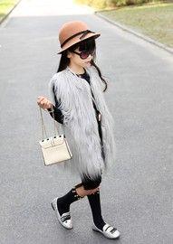 BROOKLYN Styles Oversized Faux Fur vest In Gray