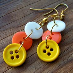 Candy corn and pumpkin inspired earrings with buttons and beads DIY.