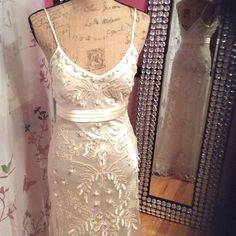 Sue Wong Nocturne Dress ✨Open to Offers ✨ NWOT Beautiful Designer Dress. This dress needs no explaining - it speaks for it's self! Perfect condition - All offers welcome and considered. ❌no pp ❌ no trades Sue Wong Dresses