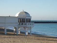 File:Malecón de La Caleta, Cádiz.JPG