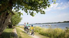 Biking on the dikes, Lolland