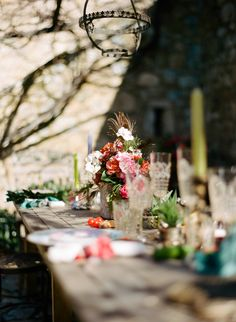 Photography: Cinzia Bruschini - cinziabruschini.it  Read More: http://www.stylemepretty.com/little-black-book-blog/2014/05/27/bohemian-wedding-inspiration-in-tuscany/