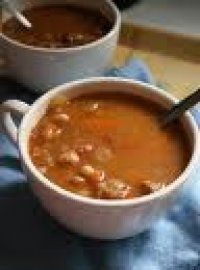 TRADISIONELE BOONTJIESOP South African Dishes, South African Recipes, Crockpot Recipes, Soup Recipes, Cooking Recipes, Feel Good Food, Dutch Recipes, Exotic Food, English Food