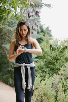 Jamie Chung switches to a Q Wander smartwatch silicone strap before her morning run. You can do it, too!