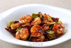 고추소스새우볶음(2만6000원): FRIED SPICY SHRIMP
