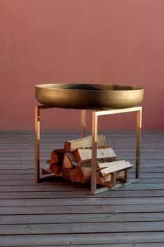 He encontrado este interesante anuncio de Etsy en https://www.etsy.com/es/listing/211708439/steel-fire-pit-cube-contemporary-design