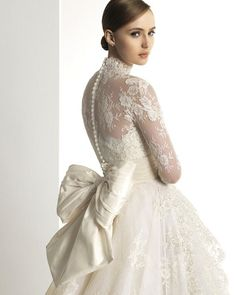 Long Sleeves Lace Tulle Ball Gown Wedding Dress 2013
