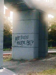 gelmiş geçmiş en komik duvar yazıları Graffiti, Love Wall, Golden Rule, Wall Quotes, Karma, Over The Years, Shit Happens, Words, Illustration