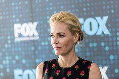 X-Files' Gillian Anderson Admires Jessica Chastain's Equal Pay Crusade