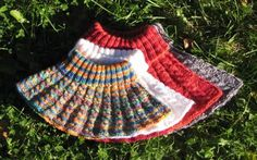 Knit Or Crochet, Crochet Scarves, Picnic Blanket, Outdoor Blanket, Cute Photos, Neck Warmer, Little Boys, Cowl, Knitted Hats