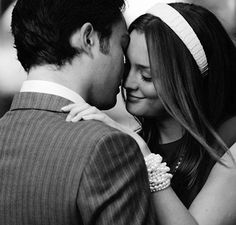 Chuck and Blair... Your love is so cute it makes me sick. #GossipGirlProblems