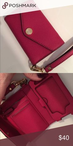 Michael Kors wristlets iPhone 4/4s Dark pink Michael kors iphone 4/4s wristlet in perfect condition! Barely used. Has a pocket for change as well as card slots. Feel free to make an offer! Michael Kors Bags Clutches & Wristlets