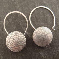 Earrings | Chuck Domitrovich. 'Reversilbe Swirl & Scallop' Sterling silver