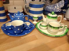 The rare T G Green breakfast set in Grassmere and Domino patterns.