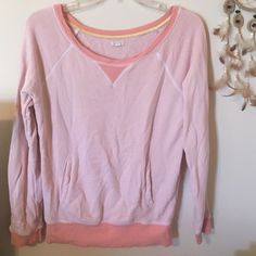Aerie Comfy Peach Pullover Very comfy and easy to pull on for those chilly days. Just needs ironed. Work a few times. Minimal pilling. Color is orange peach. aerie Sweaters Crew & Scoop Necks