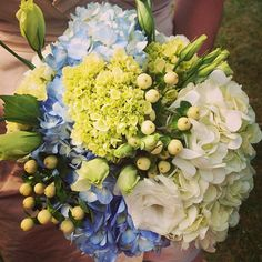 Gorgeous hydrangea bouquet, via @birchbox