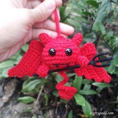 Cute Devil - Free Amigurumi Pattern - Videotutorial here: http://craftyguild.com/2014/10/crochet-cute-devil-amigurumi.html