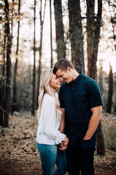 Engagement Photography Yes I will take engagement photos! How To Take Engagement Photos Yourself Engagement Photo Outfits, Engagement Photo Inspiration, Engagement Couple, Engagement Shoots, Engagment Poses, Country Engagement, Engagement Photo Shoot Poses, Casual Engagement Outfit, Wedding Outfits