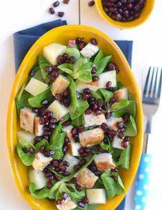 Sałatka z mango i młodych liści szpinaku Fruit Salad, Cobb Salad, Kiwi, Pasta Salad, Mango, Potato Salad, Healthy Recipes, Healthy Food, Smoothie