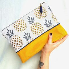 Large Hand Made clutch, patterns graphic pineapple fabric, silver zip, blue tassel Coin Couture, Couture Sewing, Pochette Diy, Pineapple Fabric, Fabric Stamping, Velvet Color, Fun Diy Crafts, Creation Couture, Graphic Patterns