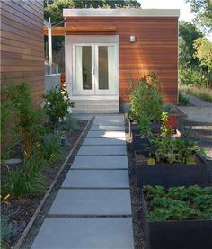 Side Yard, Shade Concrete Walkway Huettl Landscape Architecture Walnut Creek, CA Backyard Office, Backyard Studio, Garden Office, Side Yard Landscaping, Modern Landscaping, Landscaping Design, Backyard Designs, Landscaping Jobs, Seiten Yards