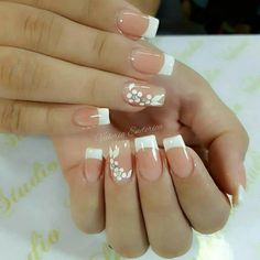 Manicure inspiration with cute decorations 005 French Manicure Nails, French Tip Nails, Nail Nail, Spring Nail Art, Spring Nails, French Nail Designs, Nail Art Designs, Gorgeous Nails, Love Nails