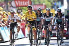 Cyclingnews.com @Cyclingnewsfeed #TDF2015 ups & downs: Etixx wins with Stybar, the rest push injured Tony Martin to the finish cyclingnews.com/news/tour-de-f… pic.twitter.com/mbJlCsaWTw