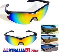 A TV-ből ismert eredeti termékek Mirrored Sunglasses, Tv, Television Set, Television