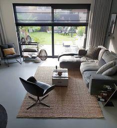 I'm just a vintage soul. Interior Design Living Room Warm, Home Interior Design, Living Room Designs, Style At Home, My Living Room, Living Room Decor, Lounge Decor, Stylish Kitchen, Home Trends