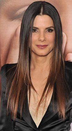 Sandra Bullock Ombre Hair Color Idea: Dark brown and mahogany ombre Best Ombre Hair, Ombre Hair Color, Hair Colour, Straight Hairstyles, Cool Hairstyles, Popular Hairstyles, Hot Hair Styles, Long Hair Cuts, Short Hair