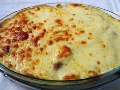 Escondidinho de Frango Cremoso I Chef, Salty Foods, Portuguese Recipes, Portuguese Food, Some Recipe, Freezer Meals, I Foods, Tapas, Macaroni And Cheese