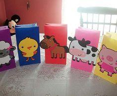 Cute Farm Animal Party Bags by Onecraftyhippo on Etsy Farm Themed Party, Barnyard Party, Farm Party, Party Animals, Farm Animal Party, Farm Birthday, Animal Birthday, 2nd Birthday Parties, Happy Birthday