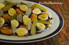 Ensalada de mejillones y huevos de codorniz http://enmilbatallas.com/2015/01/29/ensalada-de-mejillones-y-huevos-de-codorniz/