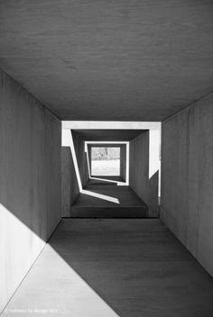 Structure ajourée, ombre lumière. AB