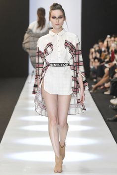 See the complete Saint-Tokyo Russia Fall 2017 collection.  ~ For myself, there'd—FOR SURE—be SOMETHING, on the LOWER 1/2!!!
