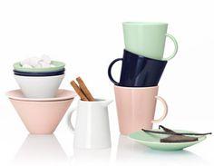 I want these Arabia KoKo Pale Pink and Mint! Modern Exterior, Ceramic Pottery, Scandinavian Design, Interior Decorating, Interior Design, Sweet Home, House Design, Plates, Ceramics