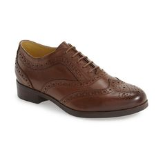 Women's Bussola 'Hoya' Oxford (405 BRL) ❤ liked on Polyvore featuring shoes, oxfords, british tan leather, balmoral shoes, leather brogue shoes, brogue shoes, brogue oxford and leather brogues